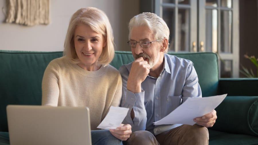 Who should manage the home finances?